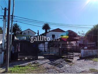 https://www.gallito.com.uy/2-casas-y-3-aptos-a-metros-de-lezica-inmuebles-15957292