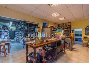 https://www.gallito.com.uy/venta-de-local-industrial-y-tres-viviendas-inmuebles-18250009