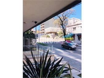 https://www.gallito.com.uy/venta-apartamento-3-dormitorios-pocitos-con-2-garajes-inmuebles-16952735