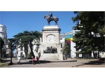 https://www.gallito.com.uy/proximo-a-plaza-zabala-inmuebles-12705945