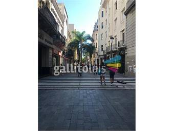 https://www.gallito.com.uy/excepcional-local-calle-sarandi-y-bartolome-mitre-inmuebles-18341941