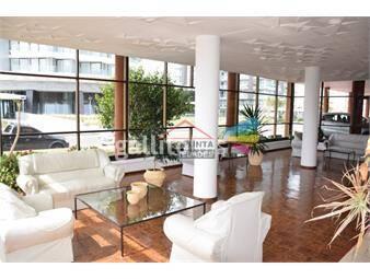 https://www.gallito.com.uy/apartamento-un-ambiente-en-punta-del-este-inmuebles-17597382