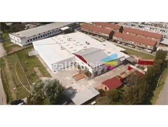https://www.gallito.com.uy/local-galpon-industrial-maroñas-venta-y-alquiler-cochabamb-inmuebles-15241992