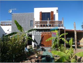 https://www.gallito.com.uy/venta-casa-4-dormitorios-2-baños-barra-de-carrasco-inmuebles-18354890