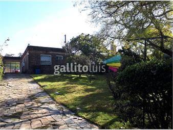 https://www.gallito.com.uy/venta-casa-3-dormitorios-2-baños-gran-terreno-ideal-empres-inmuebles-18354924