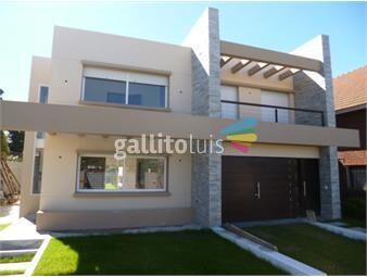 https://www.gallito.com.uy/venta-casa-ph-3-dormitorios-3-baños-carrasco-inmuebles-18355035