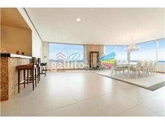 https://www.gallito.com.uy/apartamento-en-brava-4-dormitorios-inmuebles-18373614