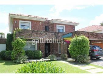 https://www.gallito.com.uy/excelente-casa-sobre-el-lago-inmuebles-18374001