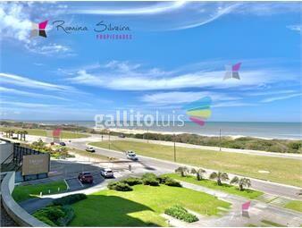 https://www.gallito.com.uy/apartamento-en-brava-3-dormitorios-inmuebles-17950261