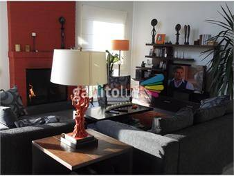 https://www.gallito.com.uy/excelente-casa-minimalista-en-varias-planta-con-amplias-te-inmuebles-18391998