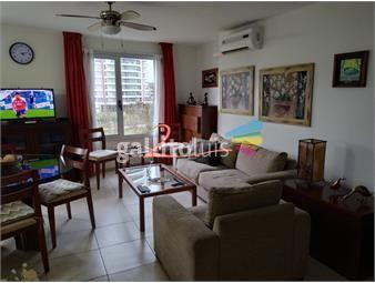 https://www.gallito.com.uy/muy-lindo-apartamento-con-todos-los-servicios-a-metros-del-inmuebles-18168607