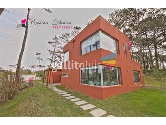 https://www.gallito.com.uy/moderna-casa-en-montoya-inmuebles-18378779