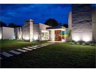 https://www.gallito.com.uy/casa-de-4-dormitorios-en-laguna-escondida-jose-ignacio-inmuebles-18495200