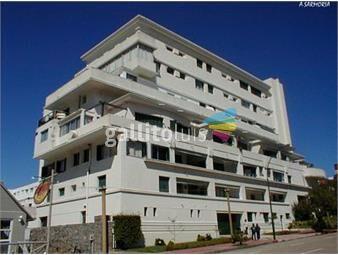 https://www.gallito.com.uy/apartamento-alquiler-temporal-en-peninsula-inmuebles-18528555