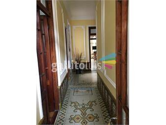 https://www.gallito.com.uy/casa-con-garaje-y-barbacoa-inmuebles-18217091