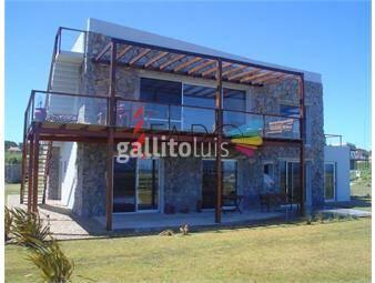 https://www.gallito.com.uy/casa-en-barrio-cerrado-en-manantiales-inmuebles-18600446