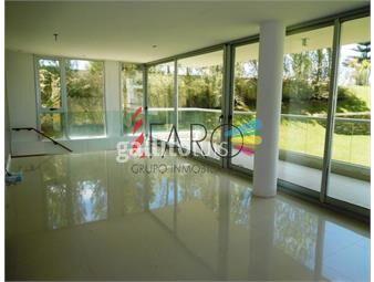 https://www.gallito.com.uy/apartamento-en-brava-3-dormitorios-garage-terraza-inmuebles-18602039