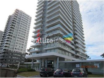https://www.gallito.com.uy/apartamento-en-roosevelt-1-dormitorio-1-baã±o-con-garage-inmuebles-18602184