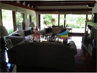 https://www.gallito.com.uy/casa-en-venta-y-alquiler-golf-punta-del-este-5-dormitori-inmuebles-18603012