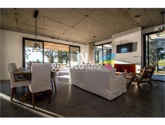 https://www.gallito.com.uy/casa-en-alquiler-barrio-privado-manantiales-cuatro-dormito-inmuebles-18613077