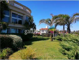 https://www.gallito.com.uy/venta-apartamento-4-dormitorios-carrasco-inmuebles-18650036