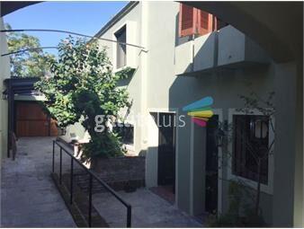 https://www.gallito.com.uy/venta-casa-parque-rodo-con-renta-inmuebles-18679241