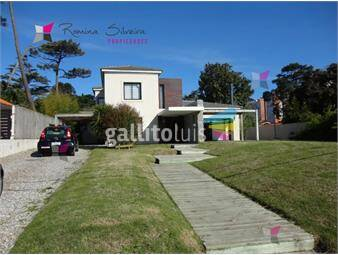 https://www.gallito.com.uy/paradas-a-pasos-del-mar-inmuebles-18414764