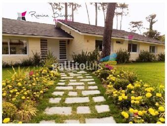 https://www.gallito.com.uy/casa-en-mansa-5-dormitorios-inmuebles-18693167