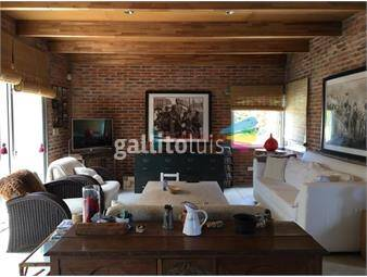 https://www.gallito.com.uy/casa-alquiler-anual-de-3-dormitorios-con-piscina-inmuebles-18419440