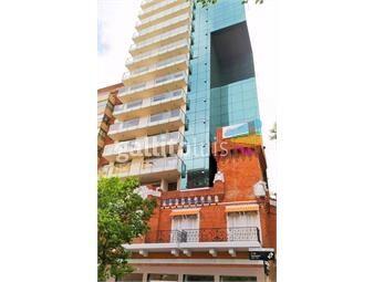 https://www.gallito.com.uy/21-y-williman-pisos-varios-2-terrazas-2-baños-barbacoa-inmuebles-14237822