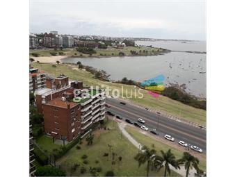 https://www.gallito.com.uy/venta-apartamento-4-dormitorios-en-puerto-del-buceo-inmuebles-18697584