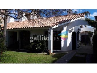 https://www.gallito.com.uy/venta-casa-3-dormitorios-4-baños-barra-decarrasco-inmuebles-18723887