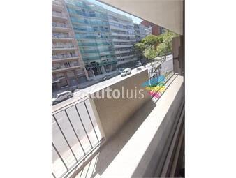 https://www.gallito.com.uy/venta-apartamento-dos-dormitorios-y-servicio-pocitos-inmuebles-18723919
