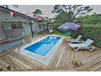 https://www.gallito.com.uy/casa-con-piscina-y-parrillero-en-alquiler-inmuebles-17960329