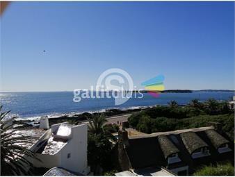 https://www.gallito.com.uy/apartamento-estilo-casa-en-alquiler-inmuebles-18775358