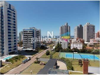 https://www.gallito.com.uy/brava-muy-buena-torre-con-servicios-a-2-cuadras-del-mar-inmuebles-18662405