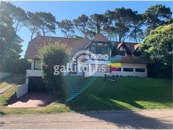 https://www.gallito.com.uy/espectacular-casa-en-lugano-5-dormitorios-4-baãos-inmuebles-18803287