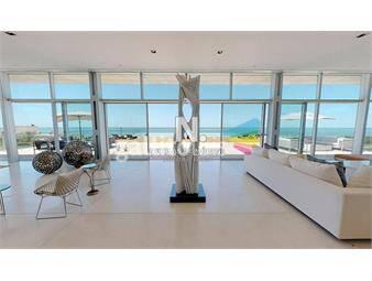 https://www.gallito.com.uy/playa-brava-frente-al-mar-edificio-acqua-inmuebles-18824025