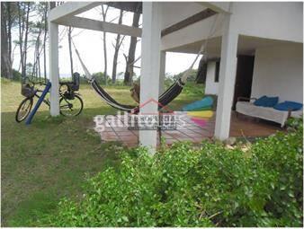 https://www.gallito.com.uy/casa-en-mansa-4-dormitorios-inmuebles-17598001