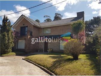 https://www.gallito.com.uy/casa-en-bo-cordoba-3-dormitorios-inmuebles-18740914