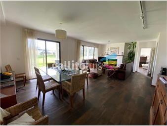 https://www.gallito.com.uy/venta-y-alquiler-casa-4-dormitorios-muy-linda-en-lomas-de-inmuebles-18844338