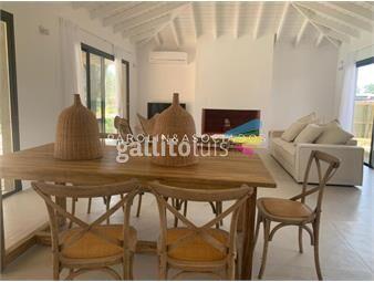 https://www.gallito.com.uy/casa-de-4-dormitorios-en-pinar-del-faro-josã-ignacio-inmuebles-18874461