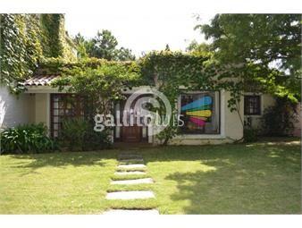 https://www.gallito.com.uy/casa-de-4-dormitorios-en-alquiler-inmuebles-18525294