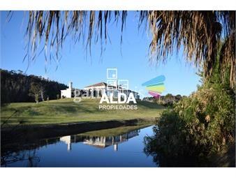 https://www.gallito.com.uy/casa-en-punta-colorada-costa-azul-inmuebles-18731284