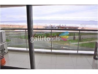 https://www.gallito.com.uy/venta-apartamento-3-dormitorios-mas-servicio-en-imperiale-b-inmuebles-17643633