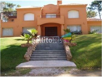 https://www.gallito.com.uy/venta-casa-en-manantiales-laguna-blanca-5-dormitorios-inmuebles-18136711