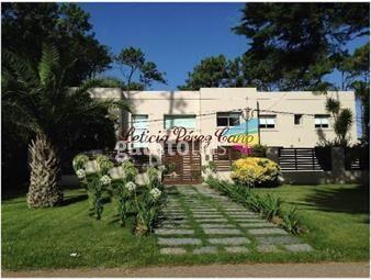 https://www.gallito.com.uy/casa-en-san-rafael-4-dormitorios-inmuebles-18423741