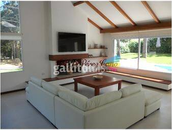 https://www.gallito.com.uy/alquiler-casa-en-mansa-4-dormitorios-playa-mansa-inmuebles-17652537