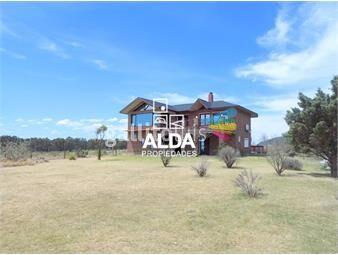 https://www.gallito.com.uy/casa-en-playa-grande-la-fattoria-inmuebles-13286220