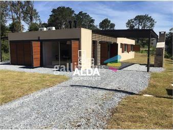https://www.gallito.com.uy/casa-en-punta-colorada-angus-young-inmuebles-16371225